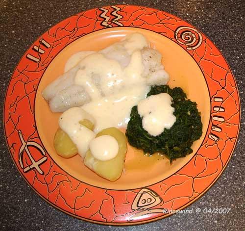 Zander mit Spinat und Joghurtschaum